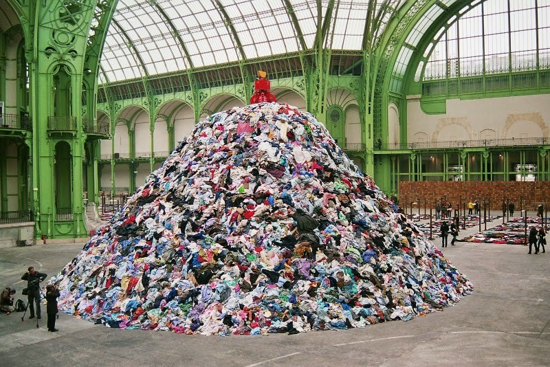 jak wybrać ubrania na sprzedaż