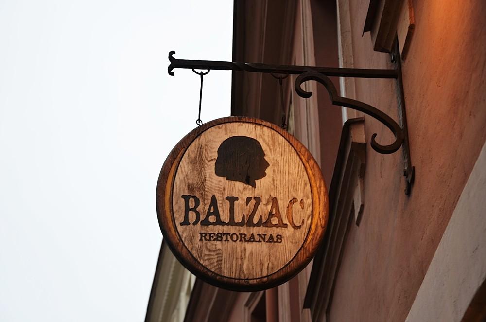 balzac Wilno szyld